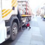 Tod auf der Straße – Lkw erfaßt in Visp Fußgängerin mit Gehhilfe – Kantonspolizei Wallis sucht Zeugen