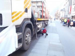 Schwerer Unfall in Visp (Foto: Kantonspolizei Wallis)