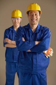 Arbeitsbekleidung: Was Arbeitgeber beim Kauf beachten sollten