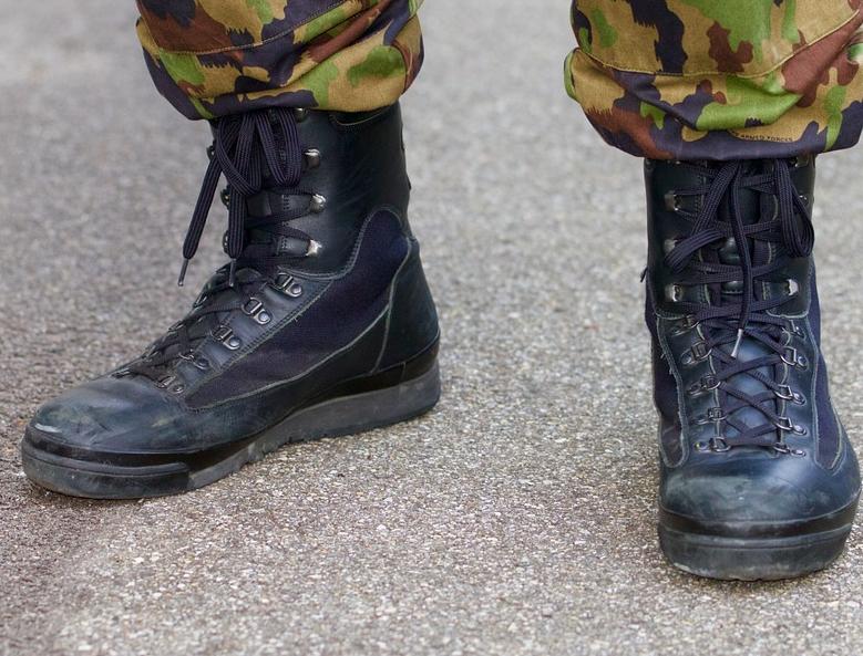 BFH anerkennt in Zukunft militärische Ausbildungen bei der Schweizer Armee, z. B. die Ausbildung der Rekrutenschule als Praktikum-Ersatz an der Fachhochschule Bern