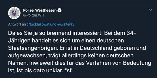 Polizei Westhessen: Sie greift sogar lästernd ('so brennend interessiert') Leute an, die gerne saubere und wahre Information anstatt 'fake news' wollen
